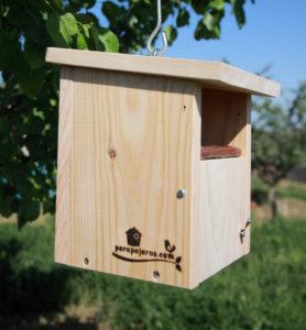 Caja nido Basic para pequeñas aves con frontal abierto. CP16