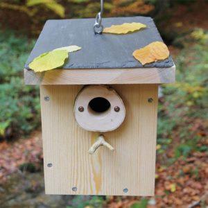 Caja nido con tejado de pizarra CP10 Pirineos con protector antipícidos